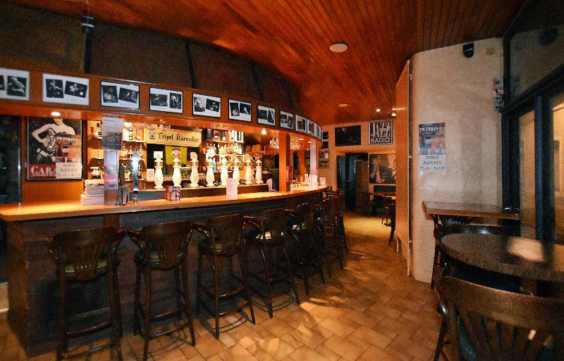 Le Puy de la Lune - le Bar